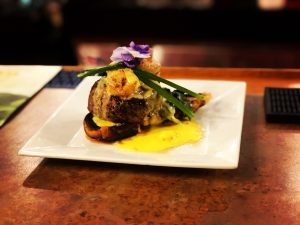 surf-n-turf with shrimp image by @urboiphoto
